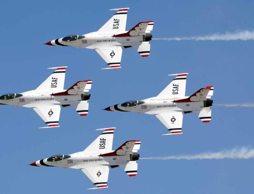 USAF Thunderbirds Join the Airshow for Another Year